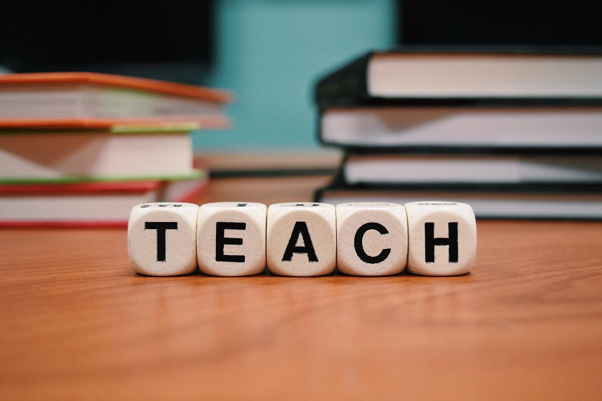 [bis 15.11.21] Mitmachen: »Deutscher Lehrerpreis 2021«
